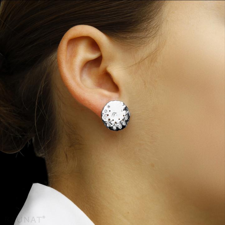 0.26 caraat diamanten design oorbellen in platina