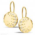 0.26 caraat diamanten design oorbellen in geel goud