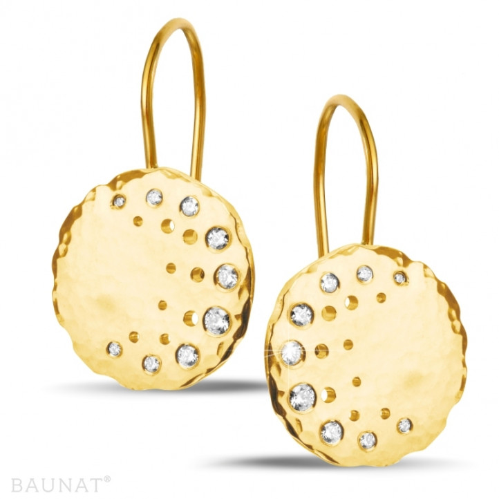 0.26 karaat diamanten design oorbellen in geel goud