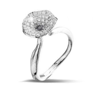 Witgouden Diamanten Verlovingsringen - 0.54 caraat diamanten design ring in wit goud