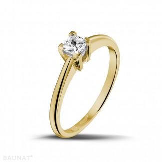 0.30 karaat solitaire ring in geel goud met princess diamant