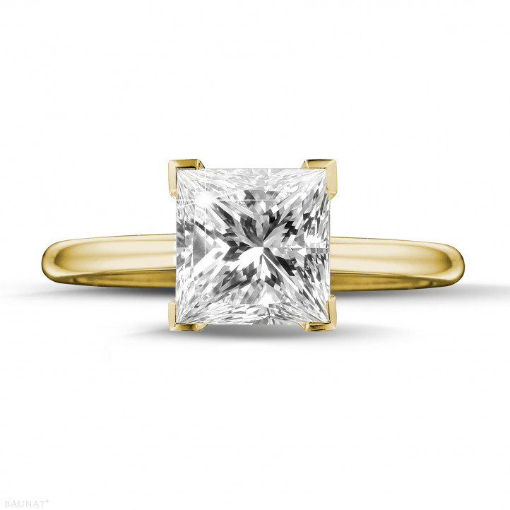 2.50 caraat solitaire ring in geel goud met princess diamant