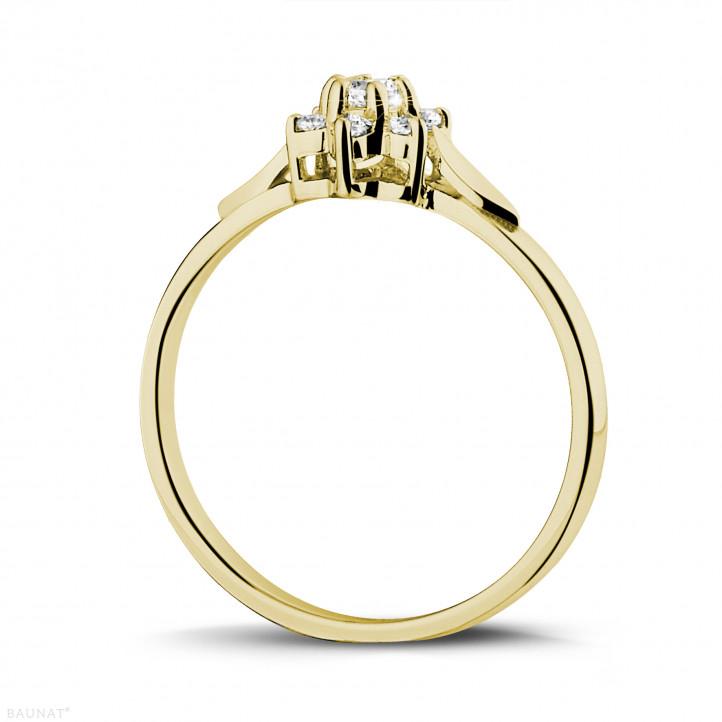 0.15 caraat diamanten bloemenring in geel goud