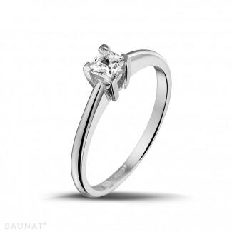 Platina Diamanten Verlovingsringen - 0.30 karaat solitaire ring in platina met princess diamant