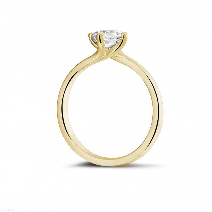 0.70 karaat solitaire ring in geel goud met princess diamant