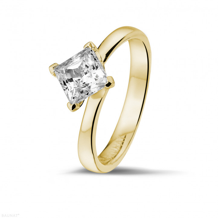 1.25 caraat solitaire ring in geel goud met princess diamant