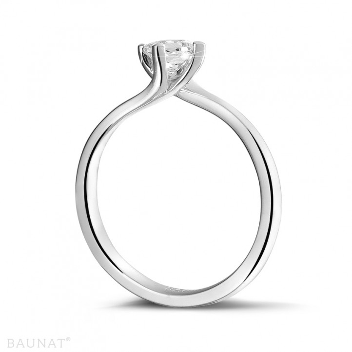 0.50 karaat solitaire ring in platina met princess diamant