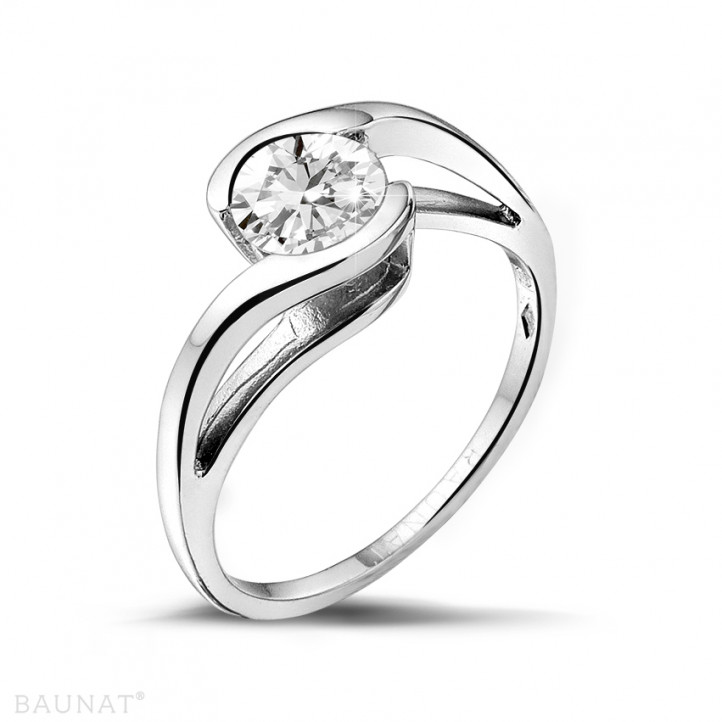 0.70 caraat diamanten solitaire ring in platina