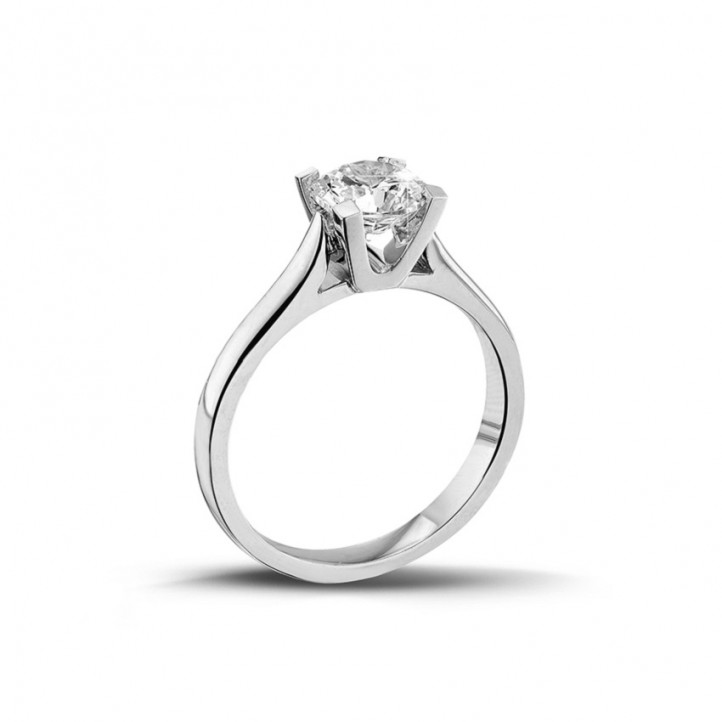 0.90 karaat diamanten solitaire ring in platina