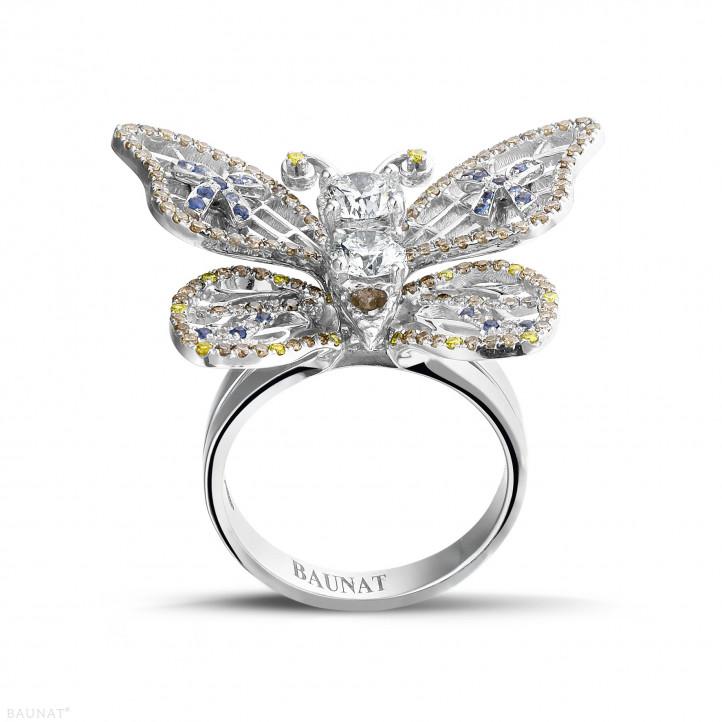 2.00 caraat design vlinderring in wit goud met cognackleurige diamanten en saffier