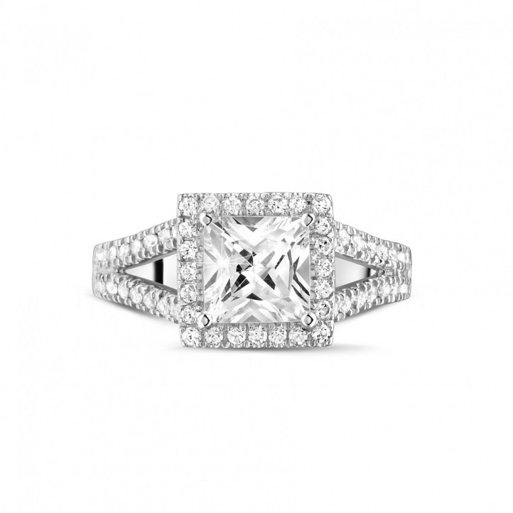 1.50克拉白金公主方钻戒指 - 戒托群镶小钻