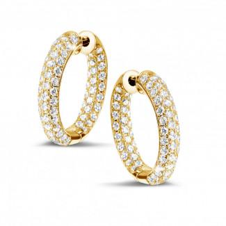 黄金钻石耳环 - 2.15克拉黄金密镶钻石耳环
